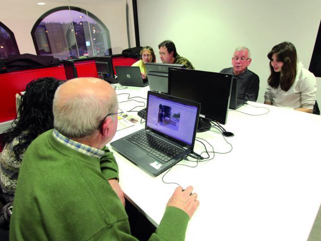 parelles digitals awi net internet formacio viladecans