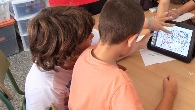 tauletes aules viladecans classes clases escuela tablets tabletas tecnologia