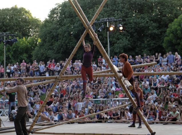 festival teatre al carrer viladecans de calle