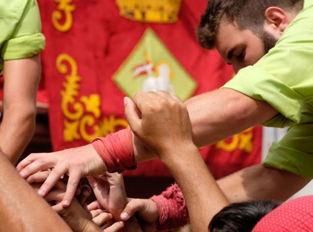 festa major d'estiu viladecans concert castellers millor del baix llobregat