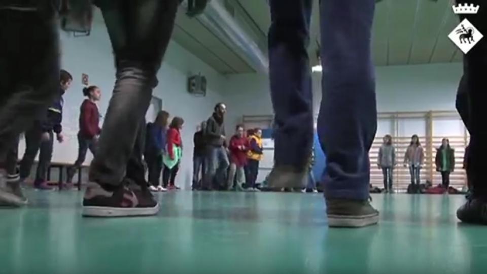 cultura emprenedora escola escuela emprender cooperativas viladecans bordas maria vasco vender puesto sant isidre